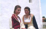 Zadar –  Jeunes filles en costume traditionnel
